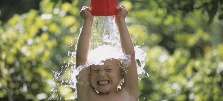 Обливание водой: окунаемся в поток здорового образа жизни!
