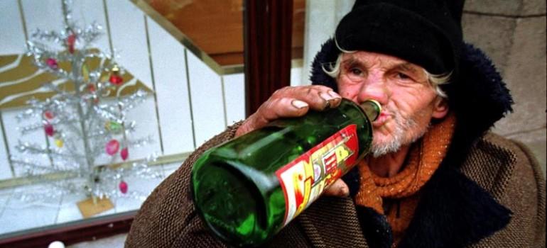 Как изменяет бродяг алкогольная зависмость — что делать, когда некуда пойти?