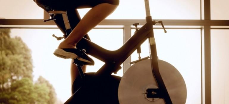 Как похудеть на велотренажере? — Просто крути педали!