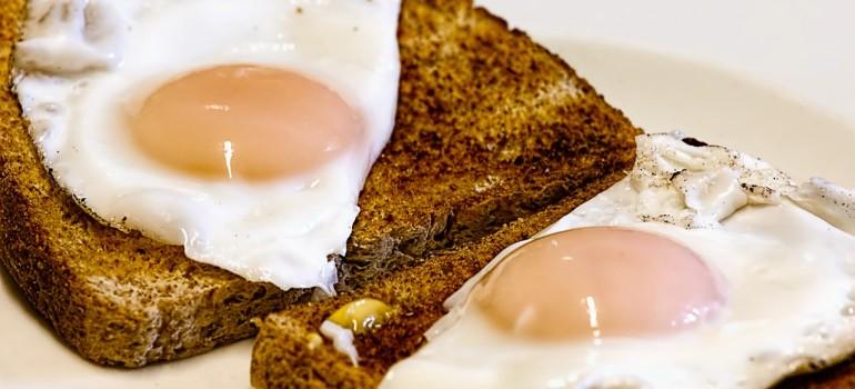Съешь правильный завтрак, и похмелья нет!