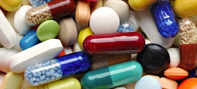 Какие таблетки помогают от похмелья?