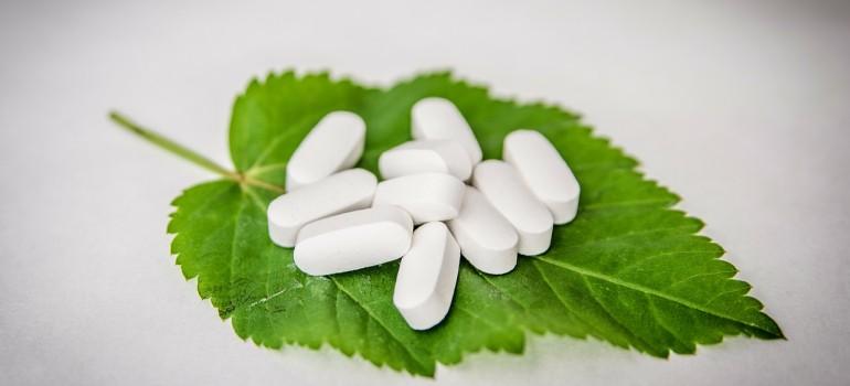 Какие таблетки помогут вывести из запоя?
