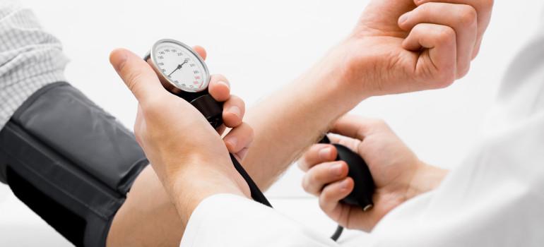 Повышенное артериальное давление после запоя. Как бороться?