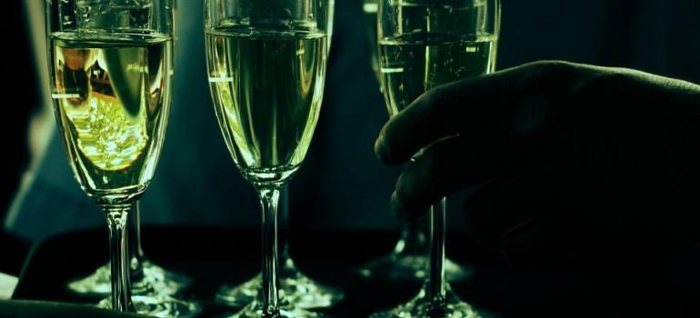 Обнаружен ген, который виновен в развитии алкогольной зависимости и тяги к сладкому