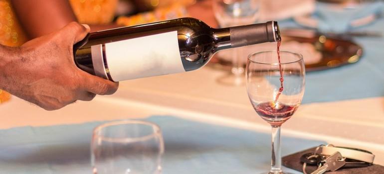 В Германии в лечении алкоголизма используют легкие спиртные напитки