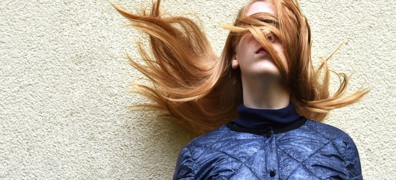 Склонность к алкоголизму можно определить по волосам