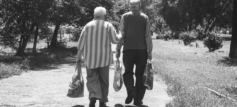 Российские неработающие пенсионеры склонны к пьянству и депрессиям