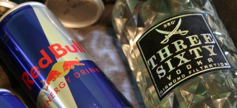 Энергетик усиливает негативное влияние алкоголя