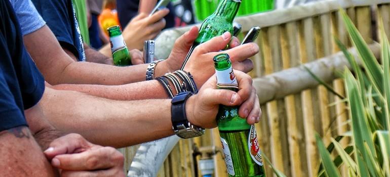 Пиво даже в малых доза вызывает зависимость